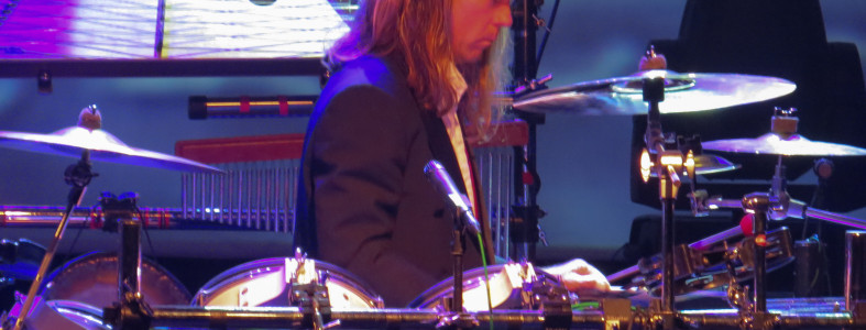 Tom Sharpe wth Mannheim Steamroller